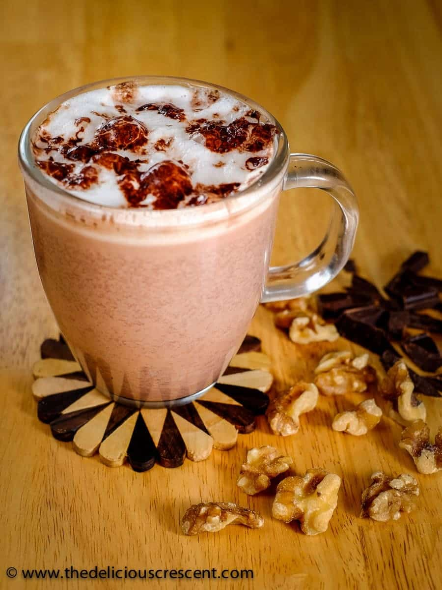 This healthy hot chocolate is so rich, creamy, and absolutely delicious. And it is super healthy with all the goodness of walnuts and cocoa.