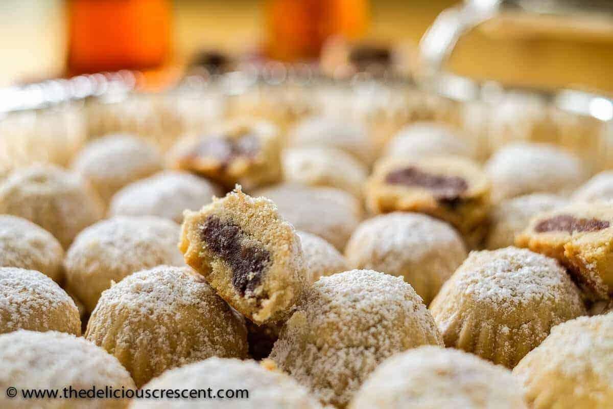 Maamoul Cookies (Date Filled Cookies)