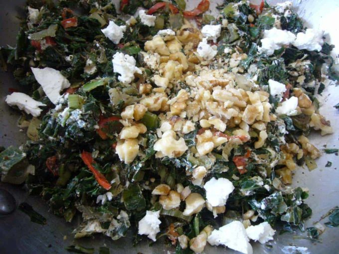 Prepare the swiss chard filling for the Fatayer